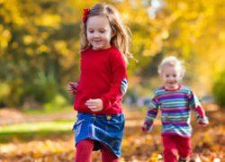 kids playing fall